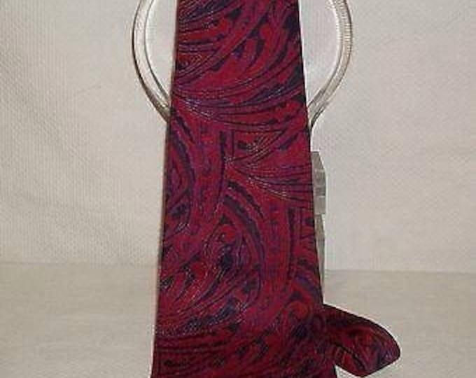 Vintage 70s Psychedelic Red Purple Black Montgomery Wards Paisley Wide Necktie Neck Tie