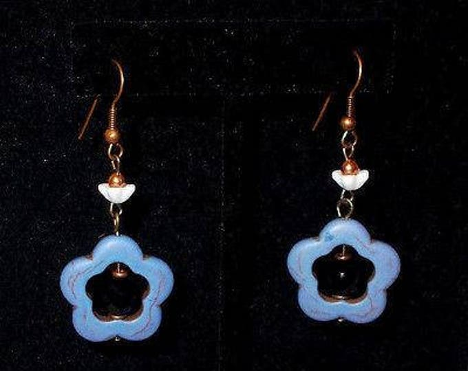 Vintage 90s Boho Hippie Chic Blue Dyed Howlite White Blue Flower Bead Copper Handmade Drop Dangle Stainless Steel Earrings