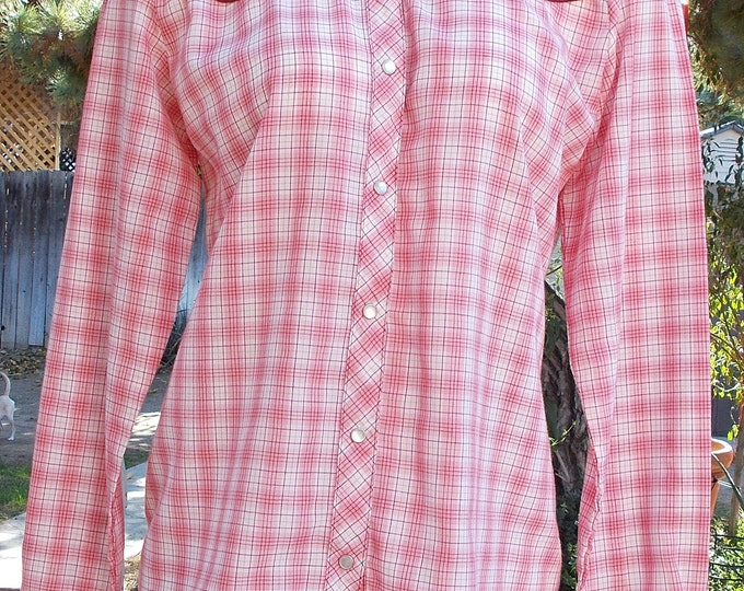 Vintage 60's Country by Loretta Lynn Cowgirl Western Pink White Plaid Women's Long Sleeve Snap Shirt Top