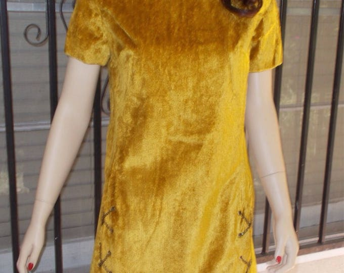 Vintage 60's Mod Suburban Miss Yellow Gold Chenille Crushed Velvet Go-Go Space-Age Mini Dress