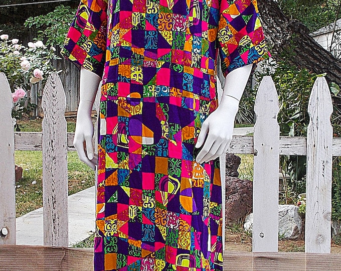 Vintage 70s Handmade Bright Multicolor Floral Geometric Psychedelic V-Back Hawaiian Dress