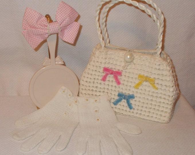 Vintage 60s 70s Mod Hippie Little Girls Made In Japan White Straw Handbag Purse Hair Bow Clip Hand Mirror White Gloves Lot