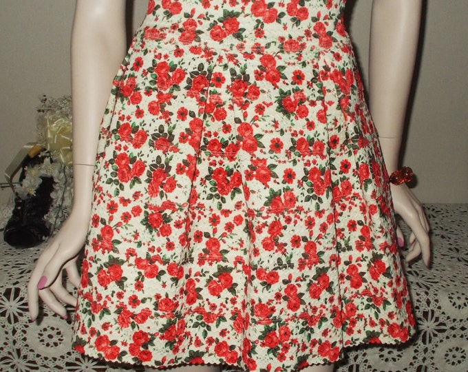Vintage 90s Finesse Red White Rose Preppy School Girl Polyester Rubber Flower Floral Womens Above The Knee Skirt