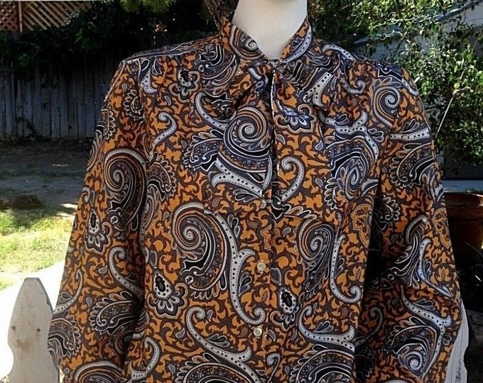 Vintage 70's Blair Mod Hippie Gray Yellow White Paisley Psychedelic Preppy Bow Tie Women's Long Sleeve Blouse