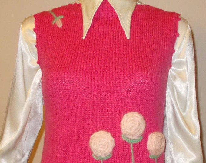 Vintage 60's Mod Handmade Pink Floral Knitted Pullover Vest Sweater Top