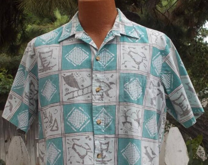 Vintage 90's Cooke Street Honolulu Green White Cotton Geometric Reverse Print Men's Short Sleeve Hawaiian Shirt