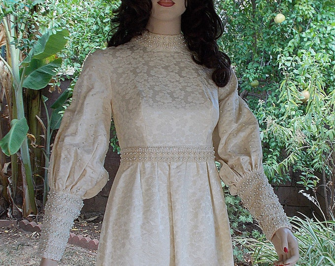 Vintage Handmade 70's Renaissance Costume White Beaded Floral Brocade Steampunk Women's Wedding Dress & Train