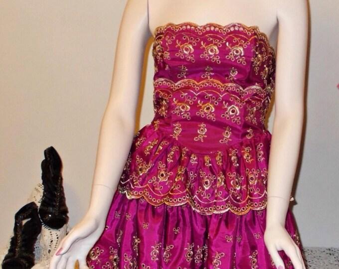 Vintage 80's Betsey Johnson Corset Purple Eyelet Strapless Party Dress