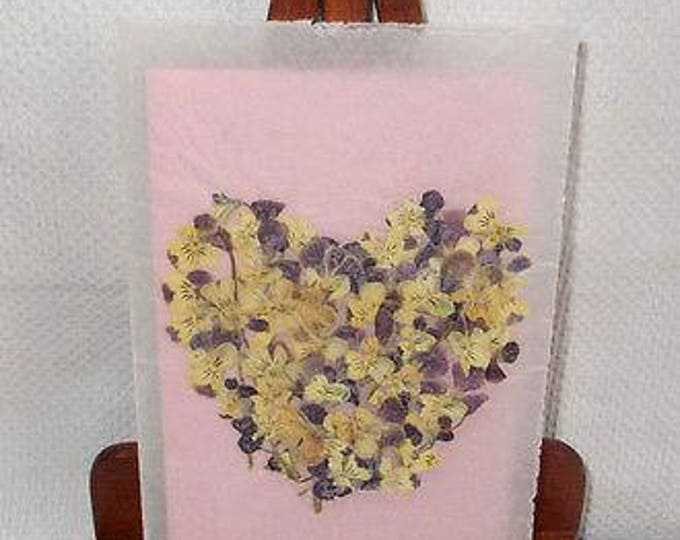 Vintage 90's Handmade Valentines Day Pressed Dried Flower Art Purple Pansies Heart Vellum Greeting Card