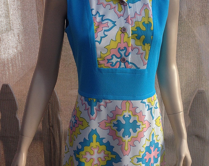 Vintage 70s Blue Pink White Yellow Geometric Polyester Womens Sleeveless Maxi Hostess Dress