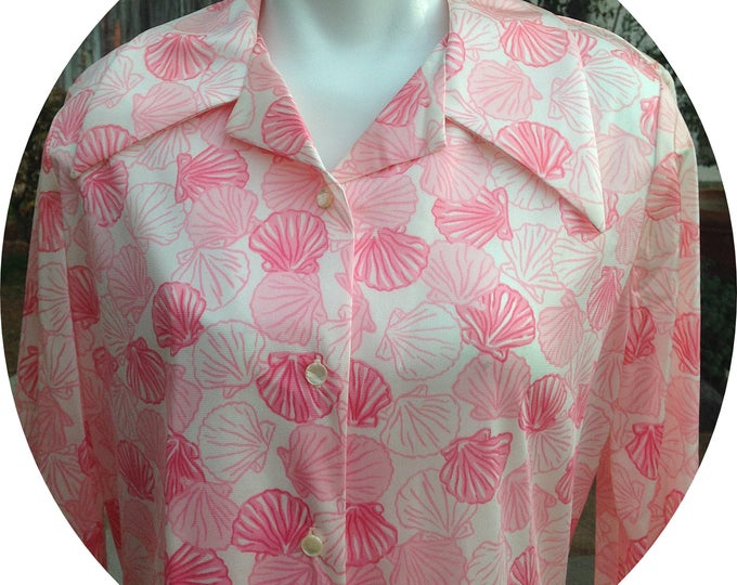 Vintage 70s Graff Californiawear May Company Pink Sea Shell Acetate Blend Casual Preppy Womens Long Sleeve Blouse Shirt Top
