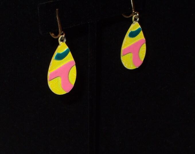 Vintage 70s Yellow Blue Pink Teardrop Geometric Boho Hippie Chic Festival Painted Drop Dangle Clip Earrings