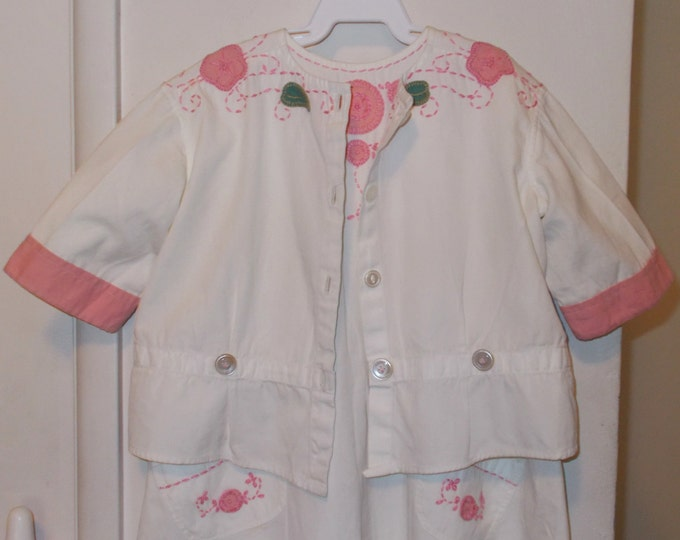 Vintage 30s Green Pink White Cotton Floral Leaf Embroidered Flowers Handmade Baby Infant Playsuit One Piece Romper Romper Jacket Set