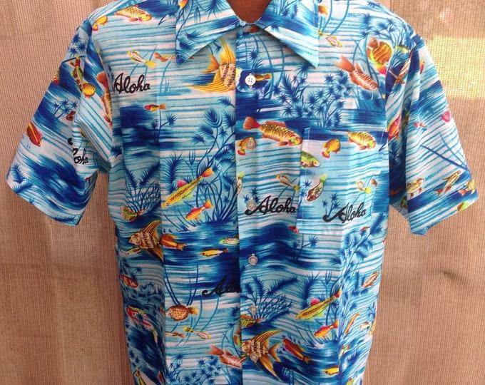 Vintage 70s Aloha Waikiki '76 Hawaiian Deep Sea Fish Print Blue Orange Mens Short Sleeve Shirt