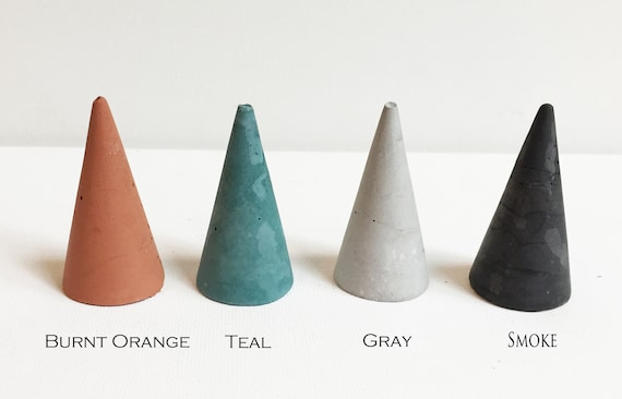 Silver Concrete Ring Piramid Cone for Jewelry Storage and ...