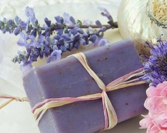 Poppy box - bar soap making - DIY - cold saponification - soapmaking kit