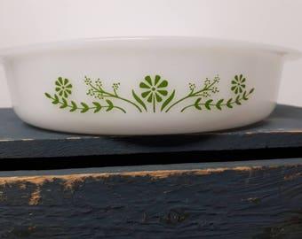 Glasbake dish - Daisy days pattern - vintage