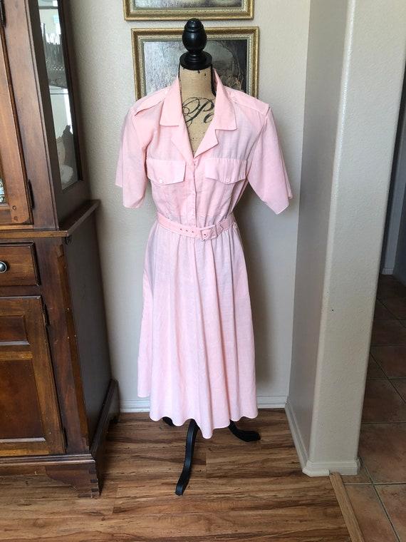 Cute 1970s waitress secretary dress with pocket pe