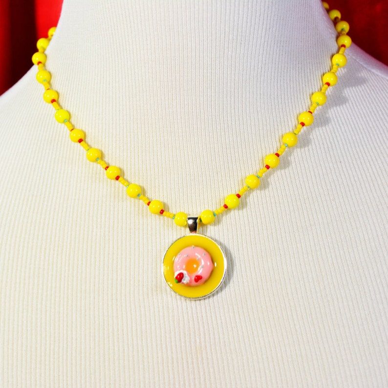 Unique Gift for Her Donut Necklace Food Charm Beaded Necklace Food Pendant Necklace Fun Baked Goods Statement Necklace Teen Girl Gift