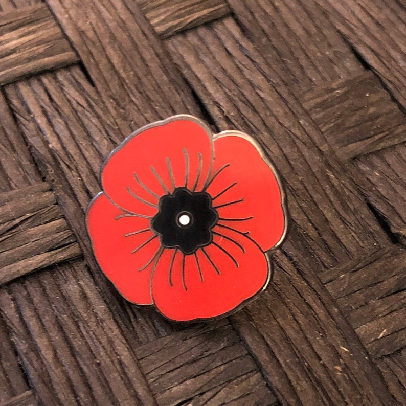 Memorial Poppy enamel pin, lapel pin, hat pin, WWI, WWII, World War,  military pins, honor pin, Remembrance Day