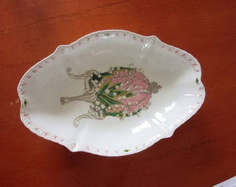 Antique MEISSEN Hand painted porcelain serving plate