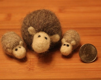 Needle Felted Family of Sheep