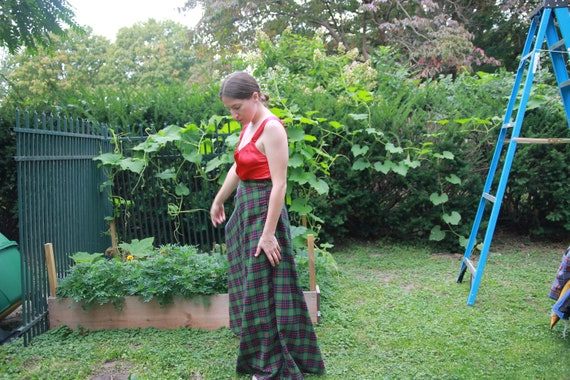 Green plaid full maxi skirt 28 waist - image 8