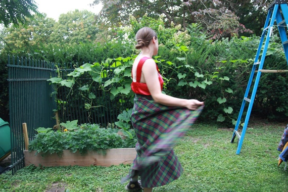 Green plaid full maxi skirt 28 waist - image 6