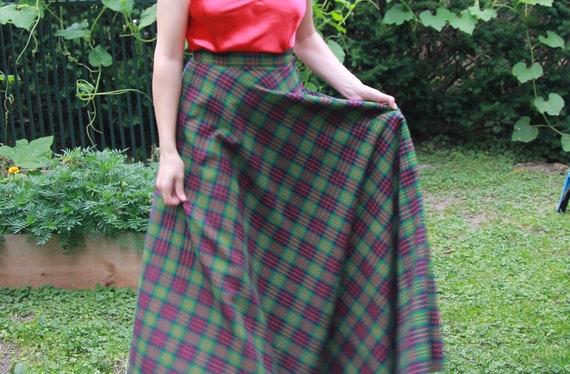 Green plaid full maxi skirt 28 waist - image 1