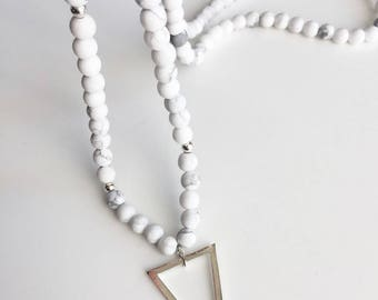 """Flake"" howlite, silver plated triangle necklace"