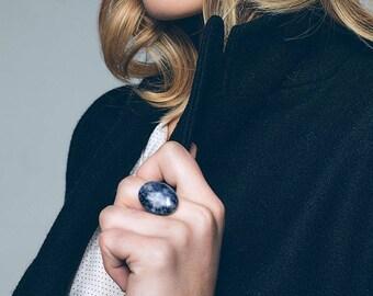 Brass, sodalite stone ring