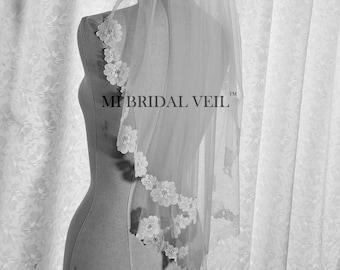 Lace Wedding Veil, Chantilly Lace Veil, Boho Wedding Veil, Romantic Flower Lace Veil, Bridal Lace Veil, Fingertip Lace Veil, Mi Bridal Veil