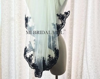 Black Veil, Black Bridal Veil, Lace Wedding Veil, Wedding Veil Lace at Chest, Hip Length Veil, Custom Veil, Mi Bridal Veil