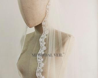 Lace Wedding Veil Fingertip, Lace Bridal Veil, Daisy Lace Veil, Bridal Veil Lace, Single Tier Veil, Venice Lace Veil,Mi Bridal Veil,Handmade