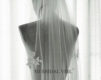 Lace Wedding Veil, Lace Applique Veil, Fingertip Lace Veil, Partial Lace Veil, Silver Rose Lace Veil in Fingertip Length, Mi Bridal Veil