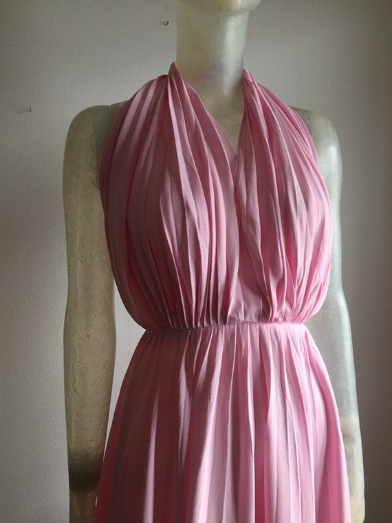 Yves saint Laurent, 1970s halterneck dress