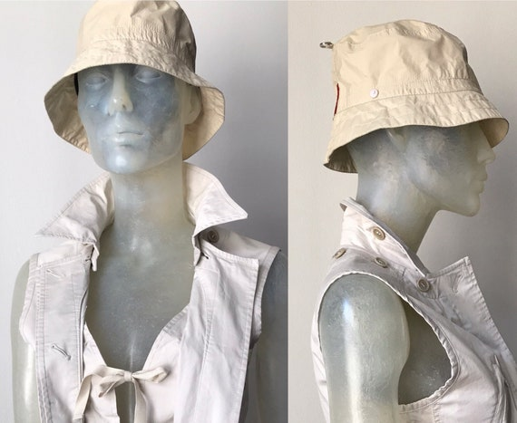 Prada, 90s bucket hat