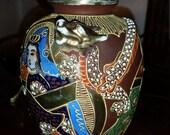 Rare brown Satsume vase with japanese men, woman and gold dragon, Satsuma vase, Small Satsuma vase, Rare Satsuma vase, Satsuma vase, Satsuma