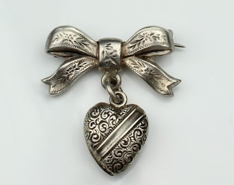 Antique Victorian Silver Patterned Bow & Puffed Heart brooch