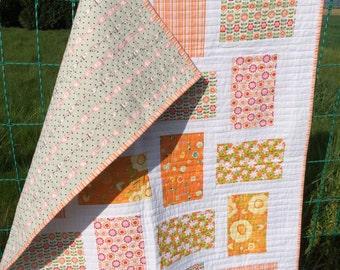 Modern baby quilt/Baby shower gift/Baby girl quilt/Riley blake quilt/Nursery decor/Toddler quilt/Handmade baby quilt/