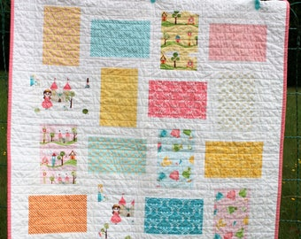 Modern baby quilt/Ready to ship/Baby girl quilt/Princess Riley blake quilt/Nursery decor/Toddler quilt/Handmade baby quilt/