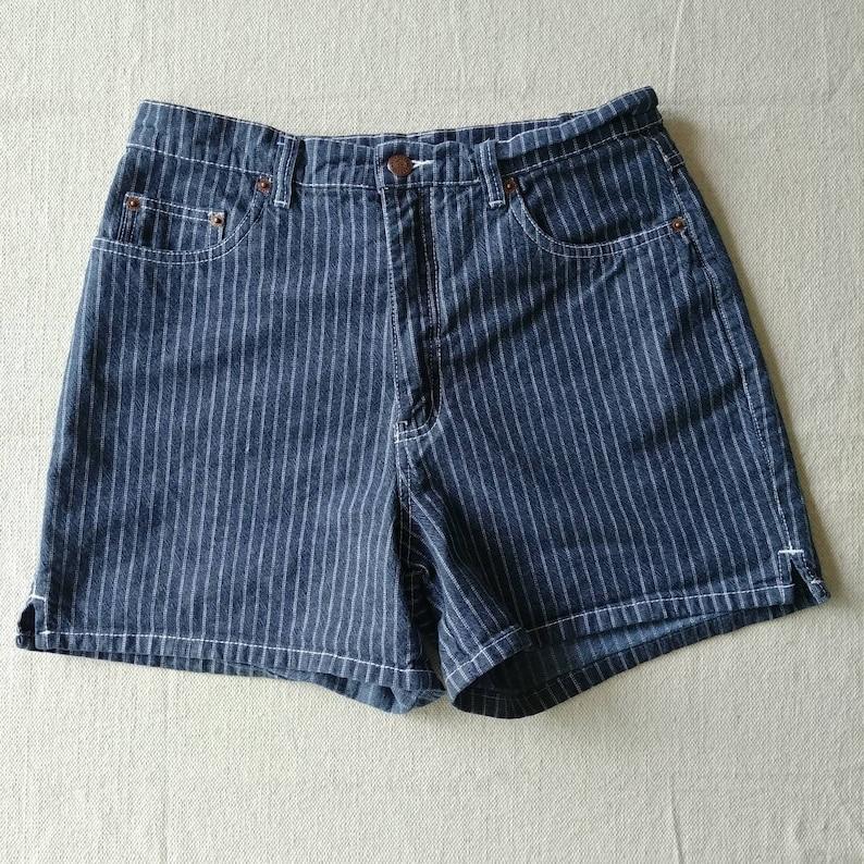 1990s Bill Blass Pin Striped Short 28W