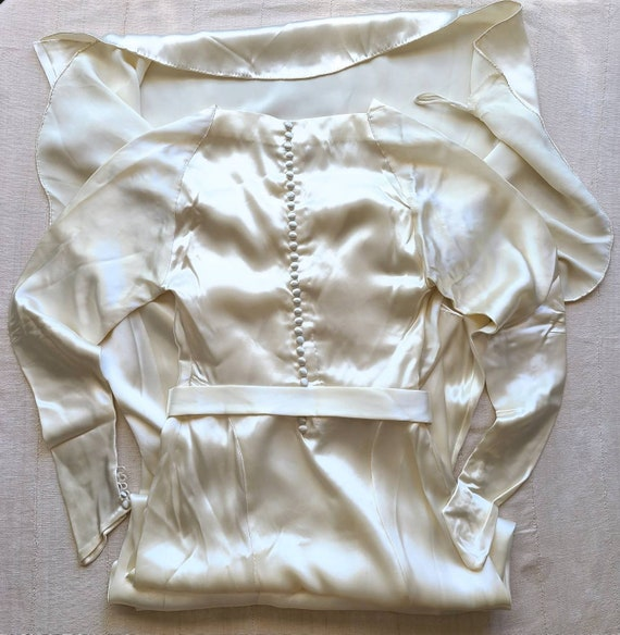 1940's Satin Wedding Gown - image 2