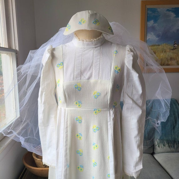 70's Wedding Dress Small