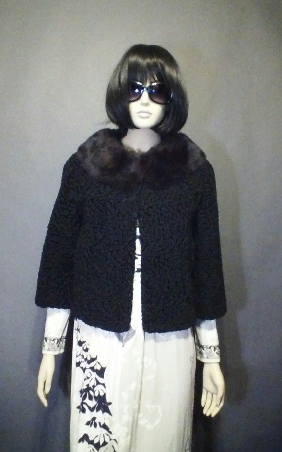 Sale Vintage 1950s  FAUX  CURLY LAMB jacket with r