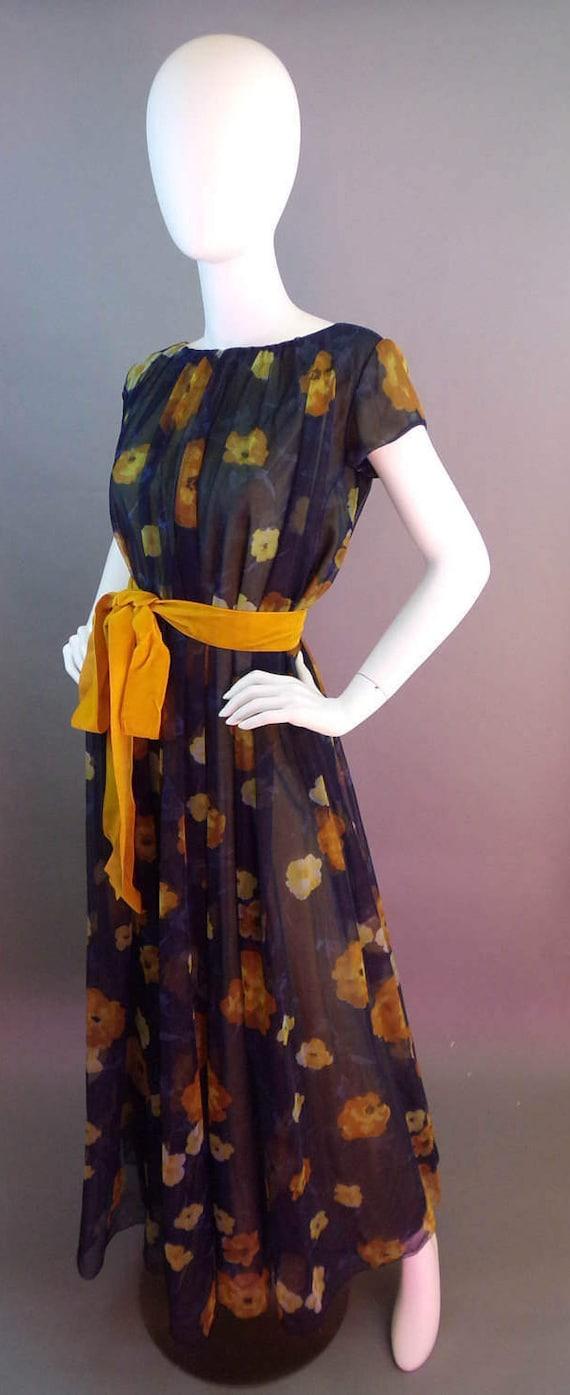 Sale Vintage rare collectible 1950s Lucie Ann Bev… - image 3