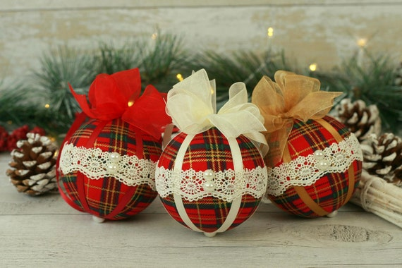 Red or Green Plaid Embroidered Ornament Personalised Christmas Decoration Traditional Tartan Tree Bauble Family Xmas Gift