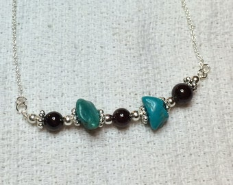 tTourquise and garnet silver necklace