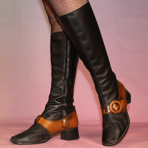 Vintage 60s two tone gogo boots size 8 - image 2