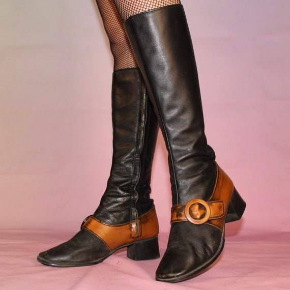 Vintage 60s two tone gogo boots size 8 - image 4